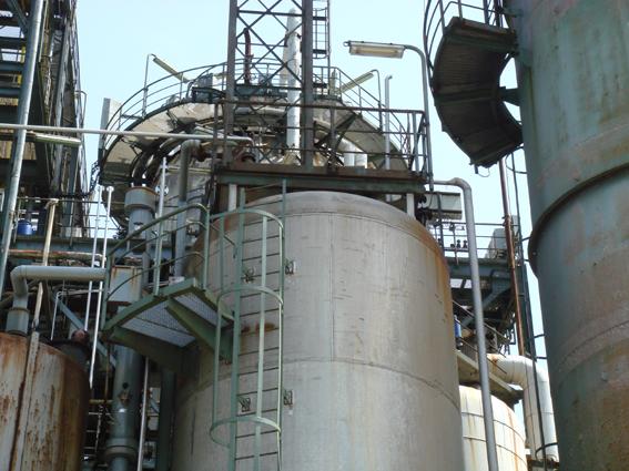 Industriedemontage - in/von Maschinen aller Art, Anlagen aller Art, Hochregallager, Tanks, Rohrleitungs- und Heizungssysteme oder Elektroanlagen mit folgenden Detailleistungen